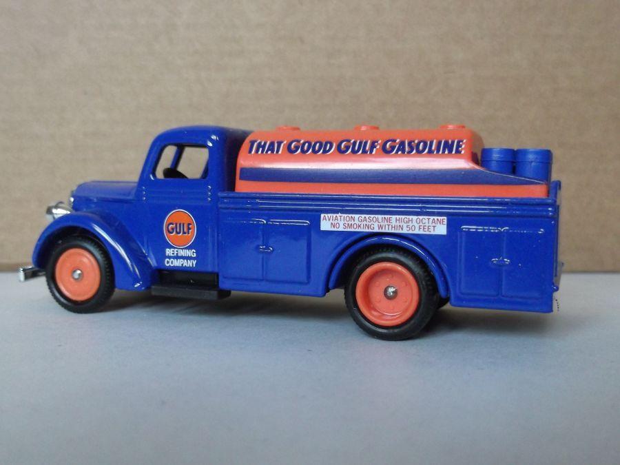 DG57004, Ford Tanker, Gulf Gasoline