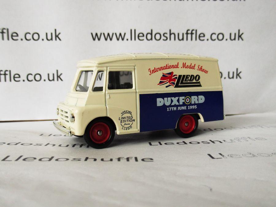DG71003, Morris LD150 Van, Lledo Show Duxford 95