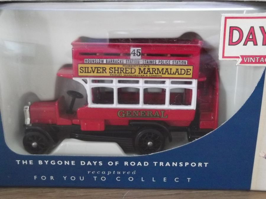 DG144000, B Class Bus (Ole Bill), Robertsons Silver Shred Marmalade