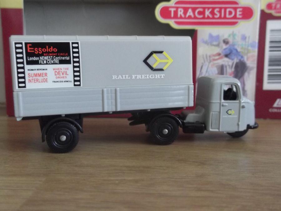 DG148009, Scammell Scarab, Railfreight