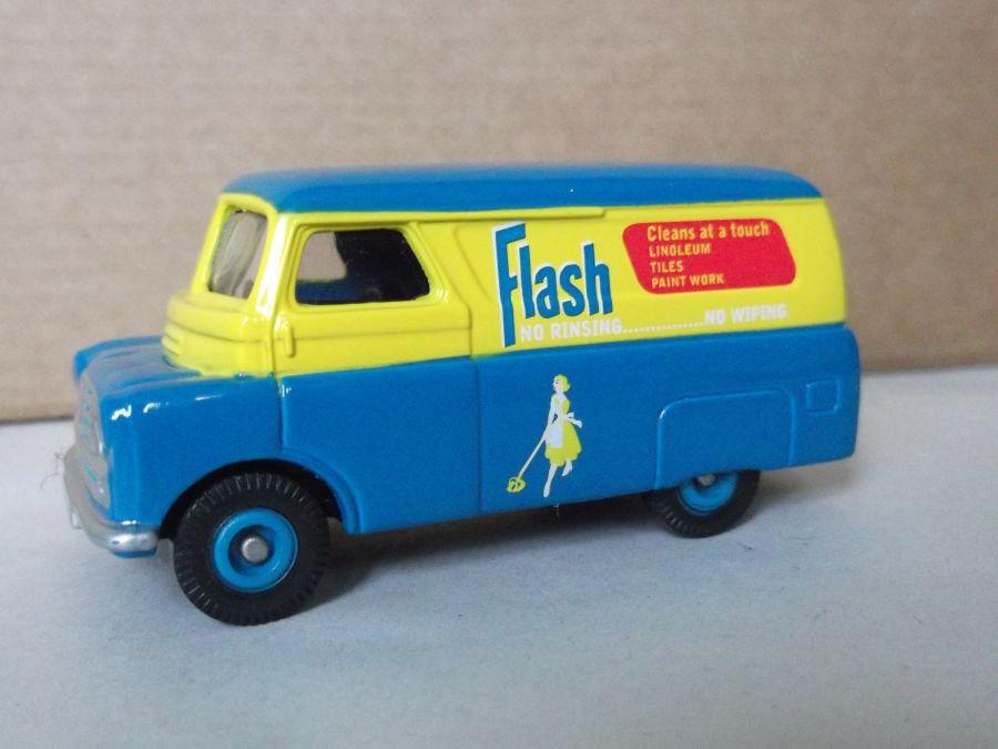 DG173006, Bedford CA Van, Flash