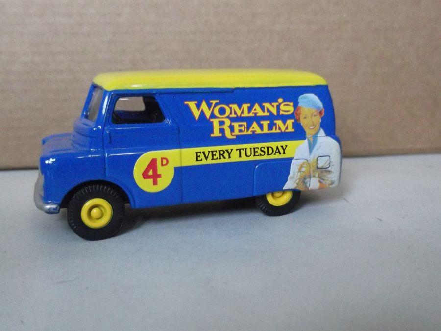 DG173007, Bedford CA Van, Womans Realm