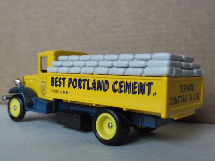 DG39003, Mack Truck, Portland Cement