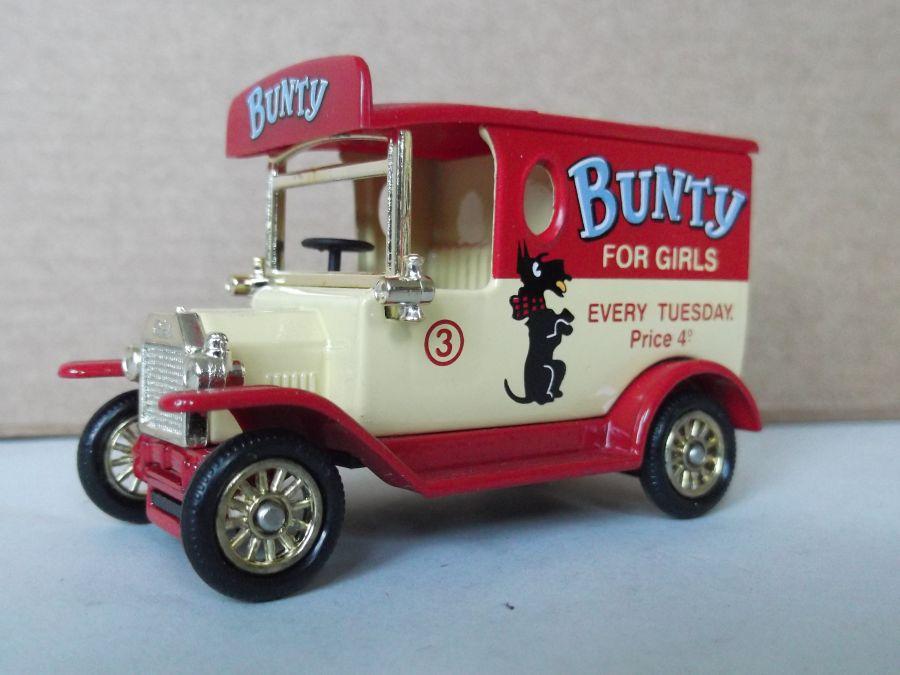 DG06175, Model T Ford, Bunty for Girls