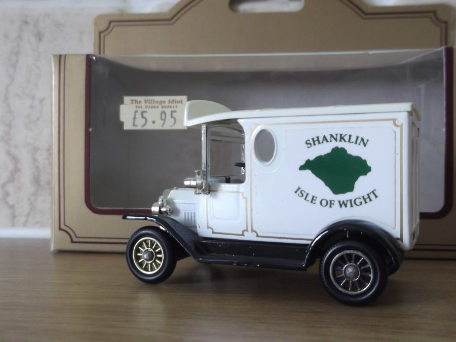 Code 3, PV006, Model T Ford Van, Shanklin, Isle of Wight