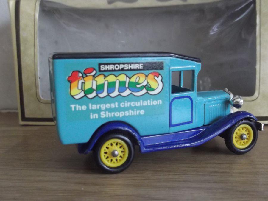 Code 3, DG13, Model T Ford Van, Shropshire Times