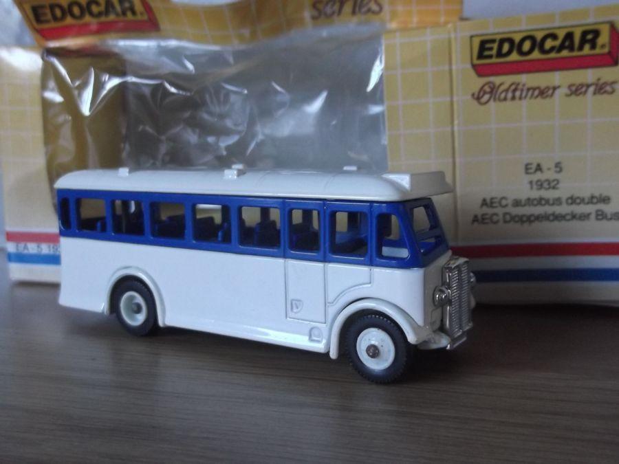 DG17, AEC Regal Coach, Edocar A5, White
