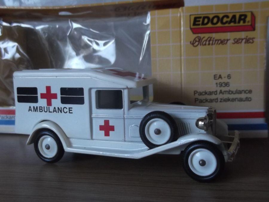 DG18, Packard, Edocar A6 - Ambulance