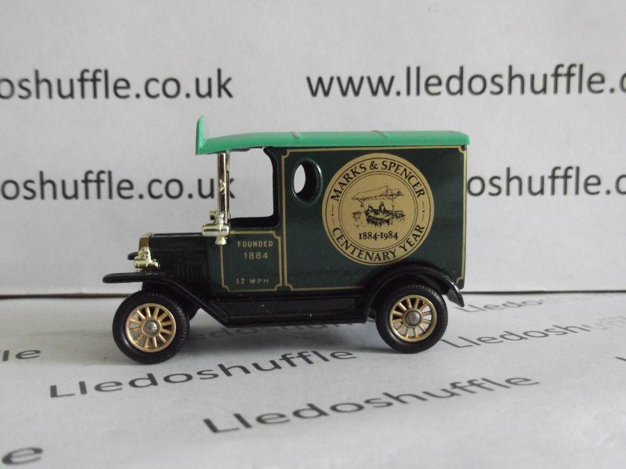 DG06025, Model T Ford Van, Marks & Spencer, AFB