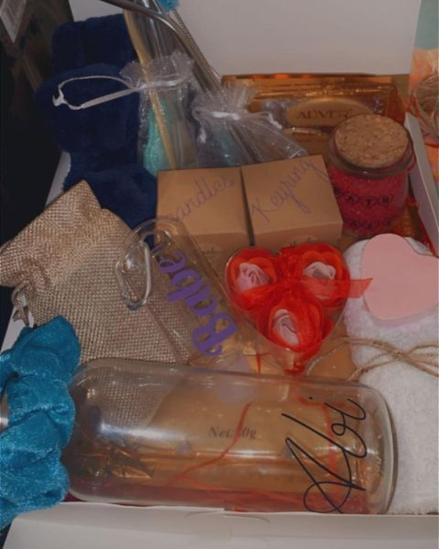 ' Treat yourself ' Gift Box (RB12) _copy