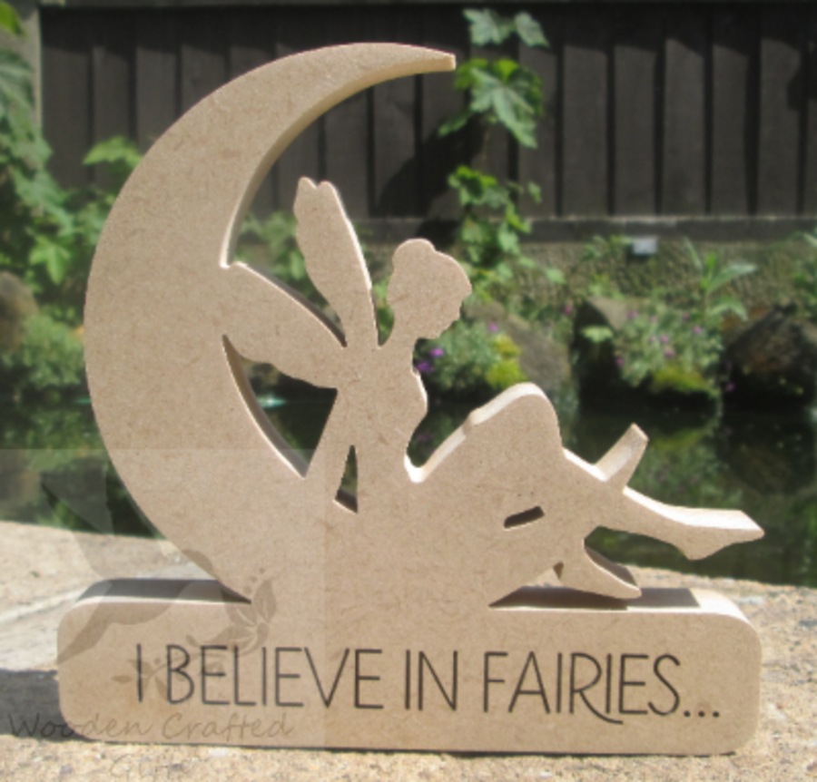 Freestanding - I believe in fairies - Moon With Sitting Fairy