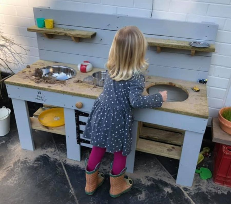 DragonFly Mud kitchen with Oven in Light Grey - Bee Muddy Mud Kitchens