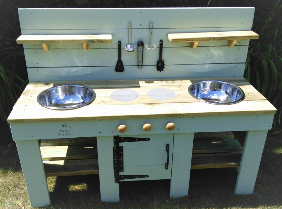 DragonFly Mud Kitchen in Painted Finish with Oven