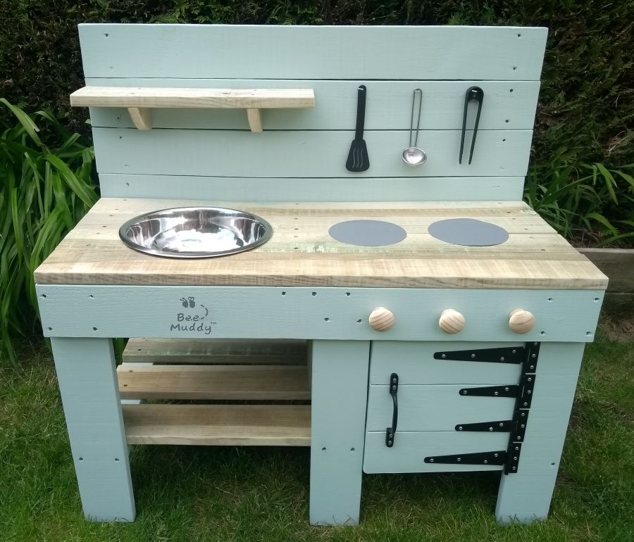Ladybird Mud Kitchen in Painted Finish with Oven