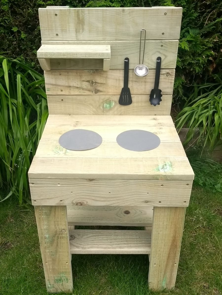 FireFly Mud Kitchen in Natural (also available with oven)