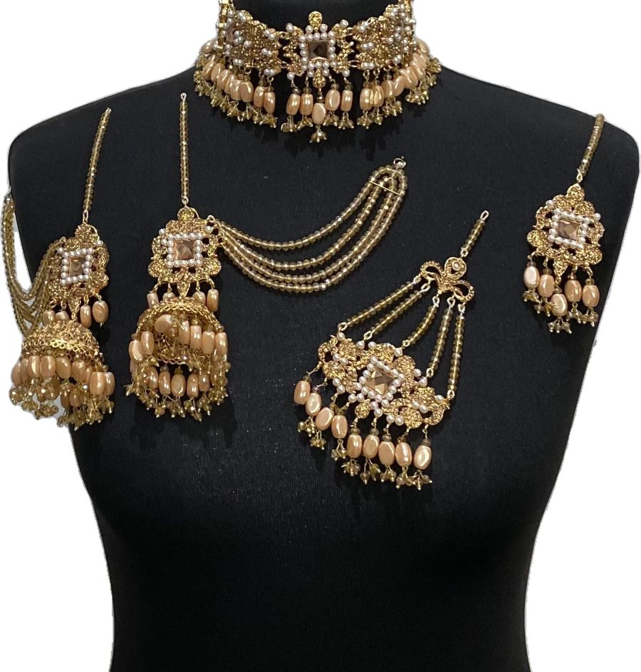 golden pakistani bridal jewellery set BRD0497