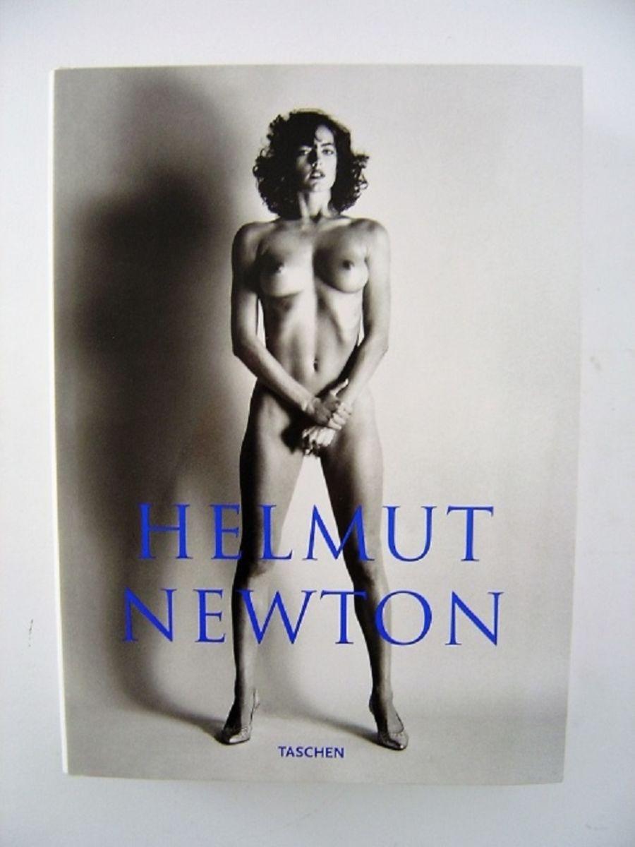 SUMO. BY HELMUT NEWTON.