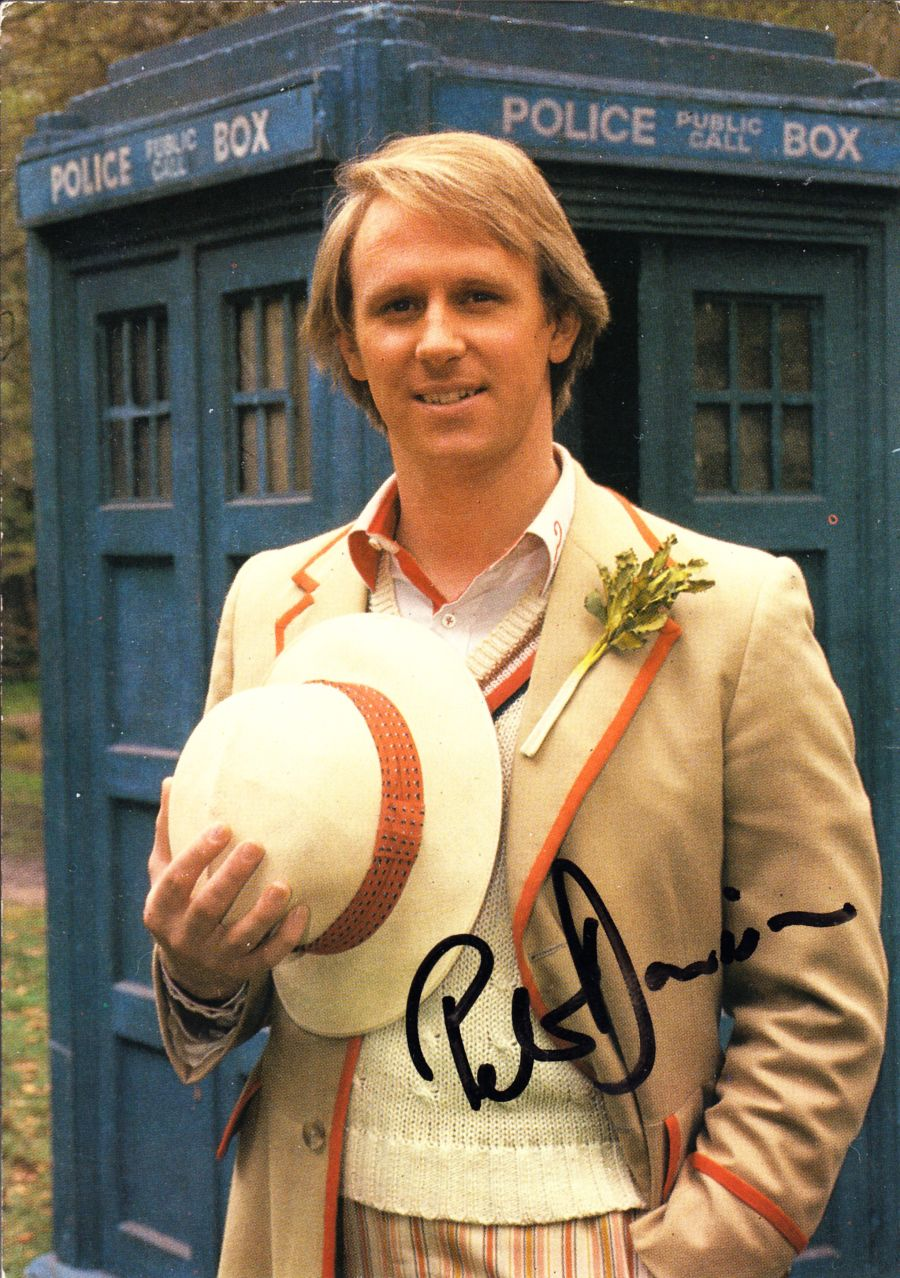 Peter Davison Signed BBC Official Doctor Who The 5th Dr Autograph Postcard