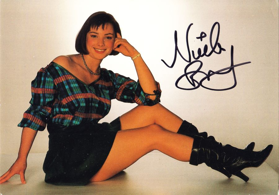 Peri Signed Nicola Bryant BBC Doctor Who Autograph Cast Postcard & Proof