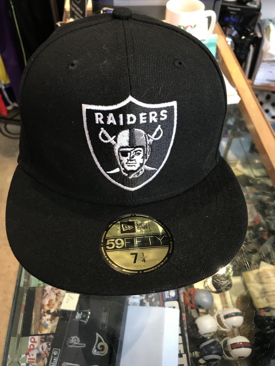 Oakland Raiders snapback cap