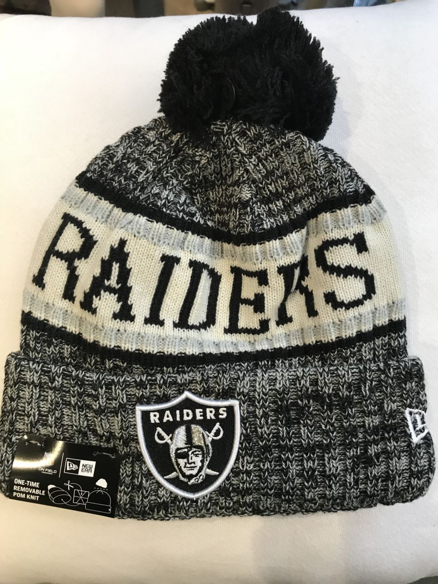 Oakland Raiders sideline knit hat