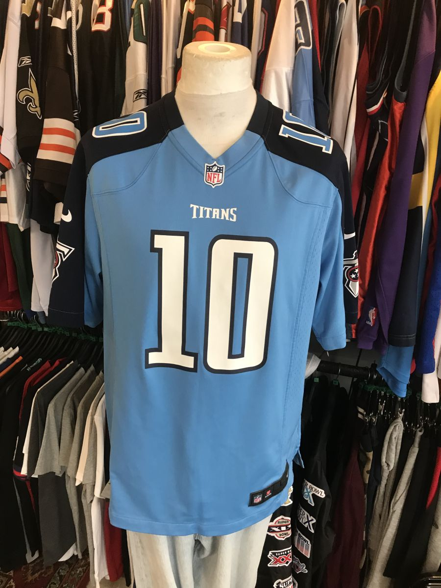 Tennessee titans Locker jersey