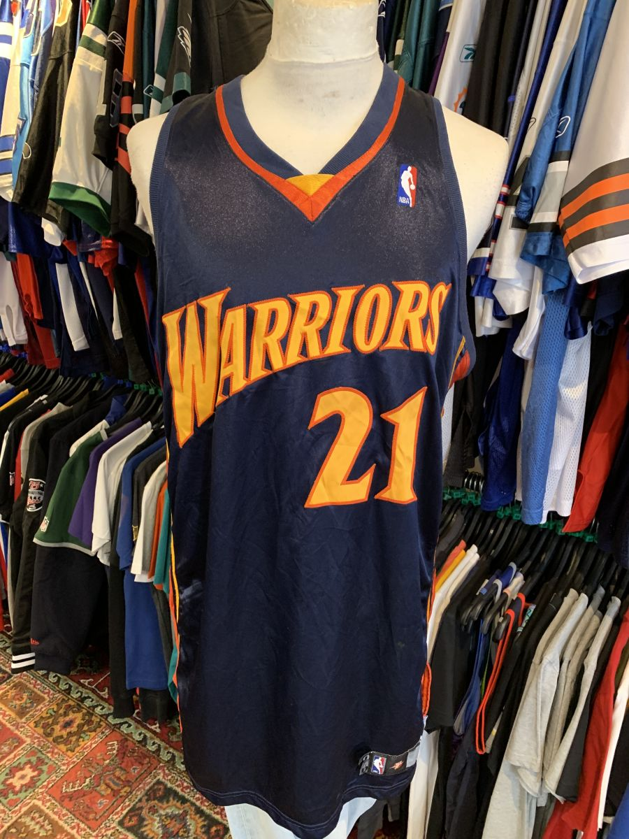 Golden State Warriors signed jersey
