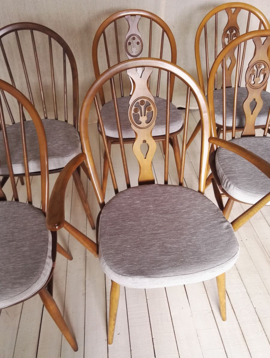 Set Of 6 Ercol Windsor Chairs With Ercol Seat Pads