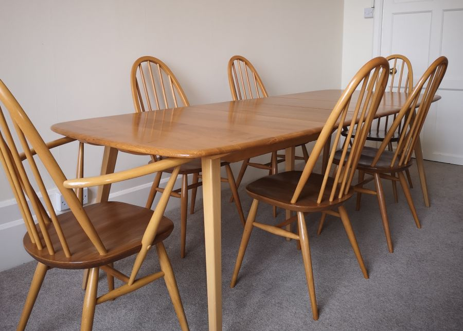 Ercol 444 Grand Windsor extending dining table