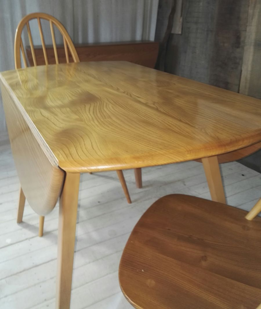 Ercol Extending Windsor Dining Table