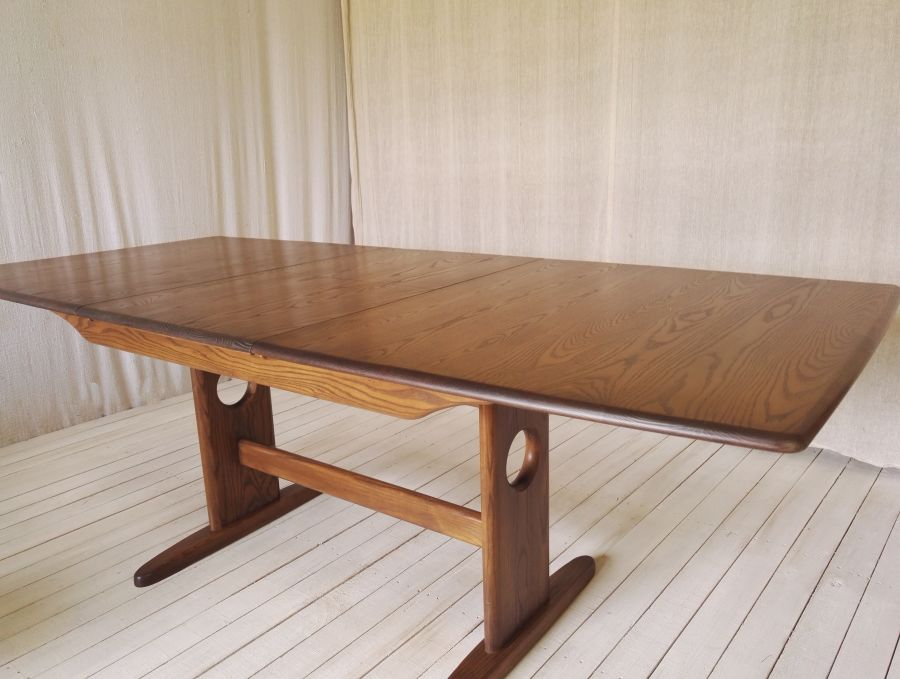 Ercol Windsor Golden Dawn extending dining table