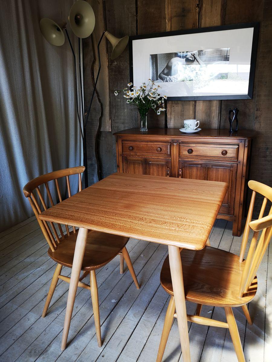 Ercol 395 Breakfast Table