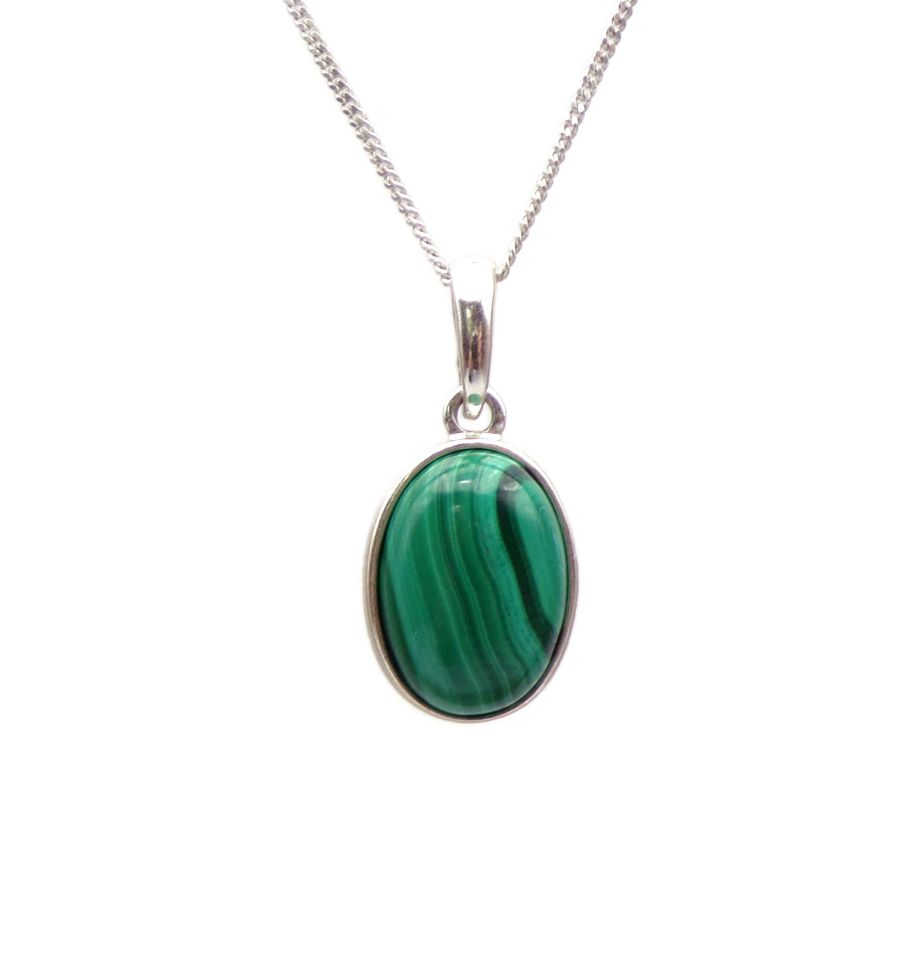 Malachite necklace - New Moon Enterprise