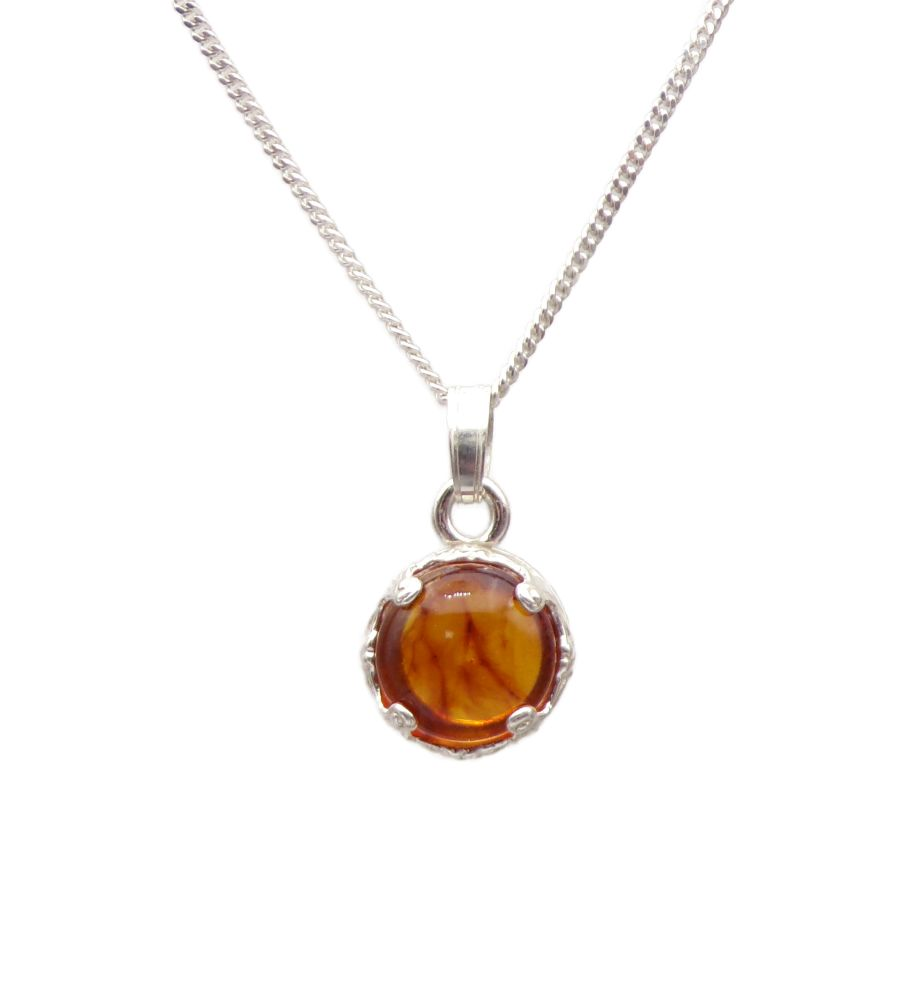 Amber Silver round decorative Pendant Necklace in Sterling silver