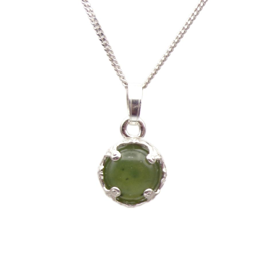 Green Jade Silver round decorative Pendant Necklace in Sterling silver