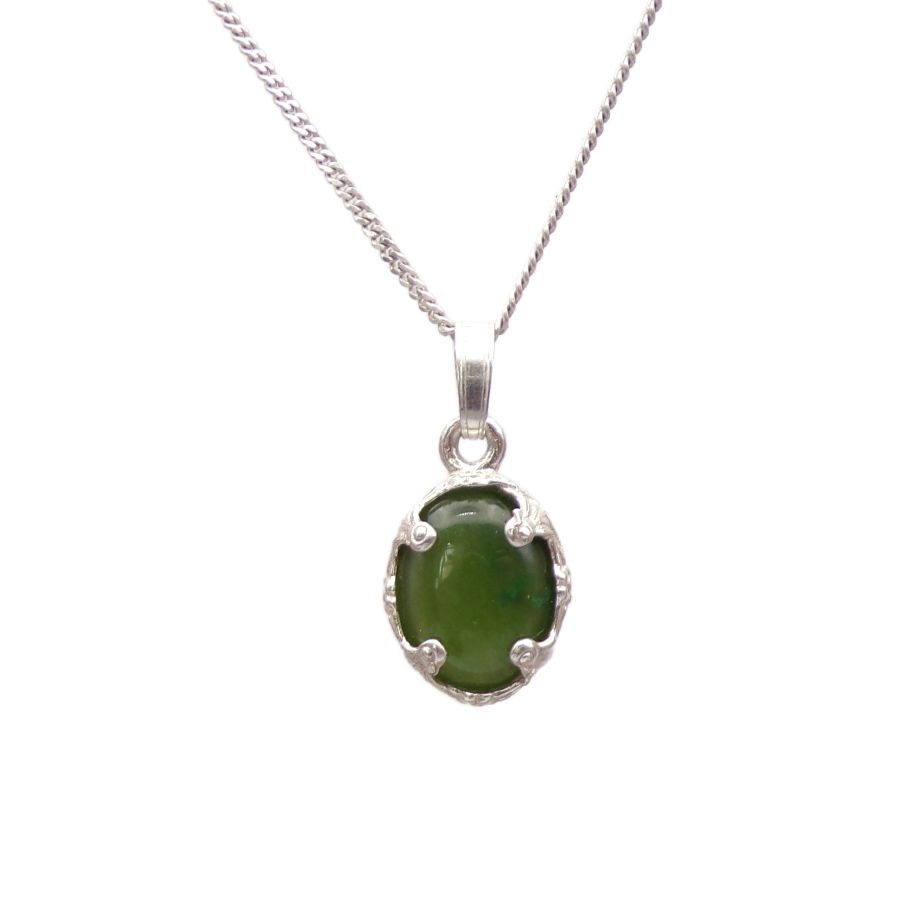 Green Jade Silver decorative Pendant Necklace Oval design