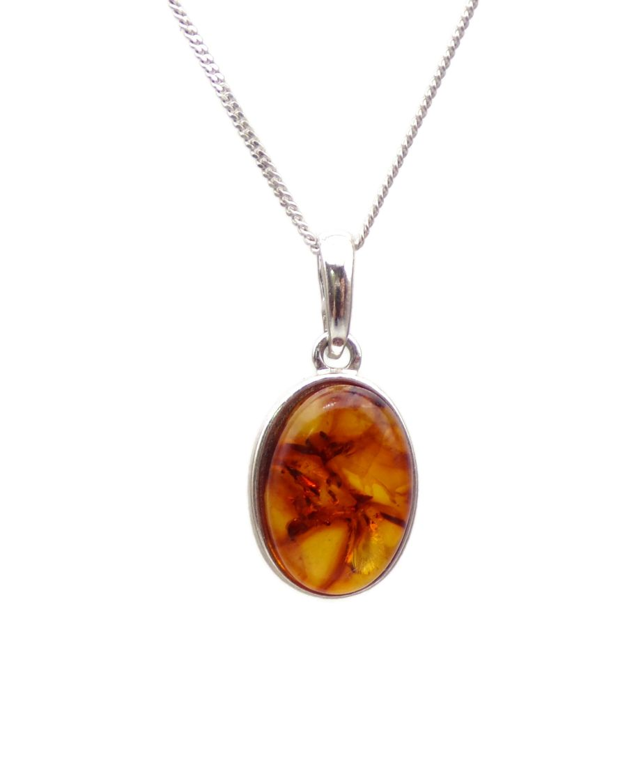 Amber Silver Pendant Necklace Oval design in .925 silver 18
