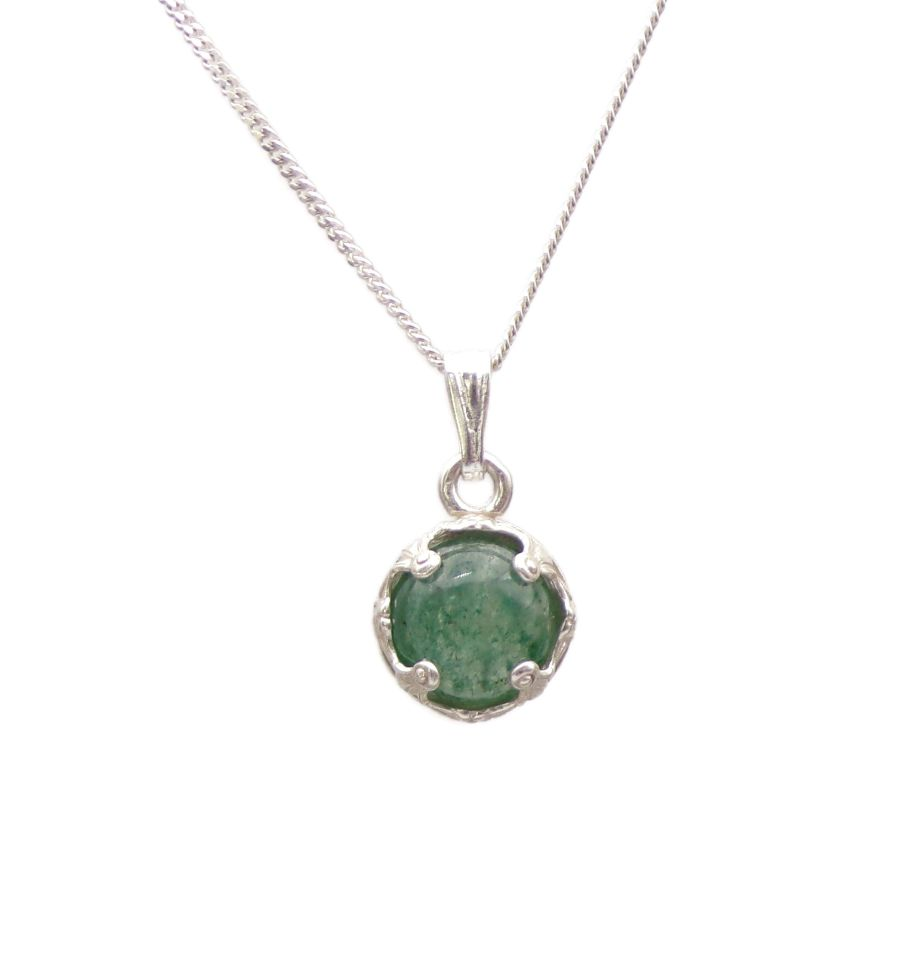 Aventurine Silver round decorative Pendant Necklace in Sterling silver 18