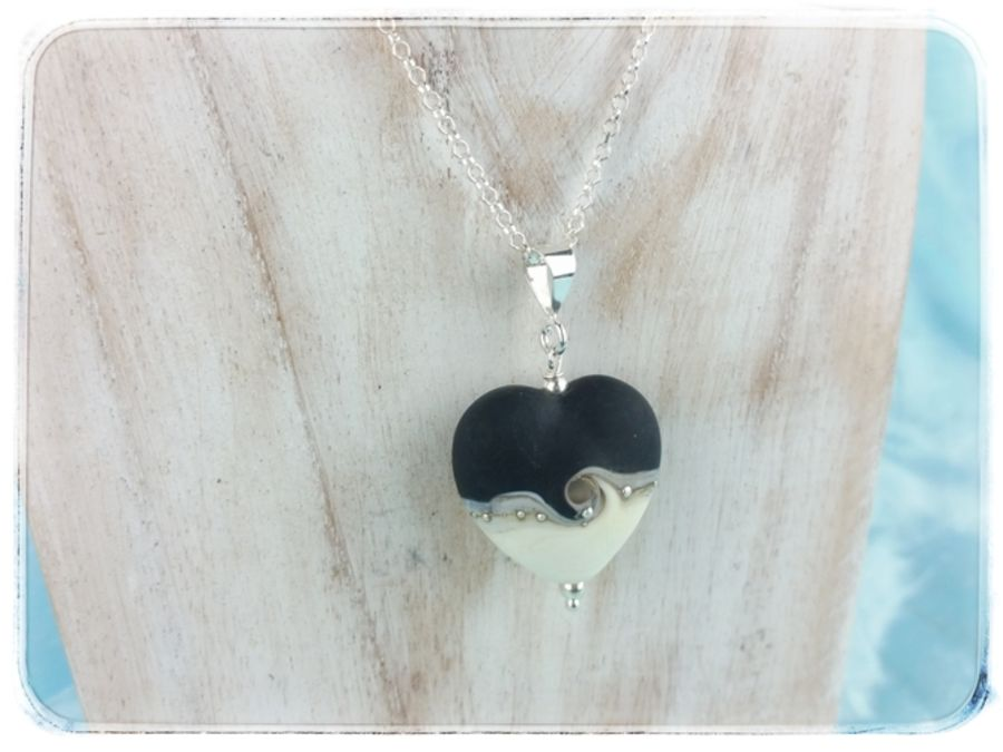 Black Wave Heart Pendant Medium